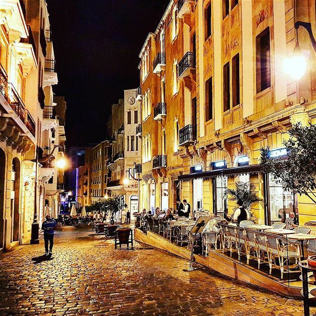 good night🌙 ramadannights🌙💕  downtownbeirut lebanon mybeirut likemycity... (Downtown Beirut)