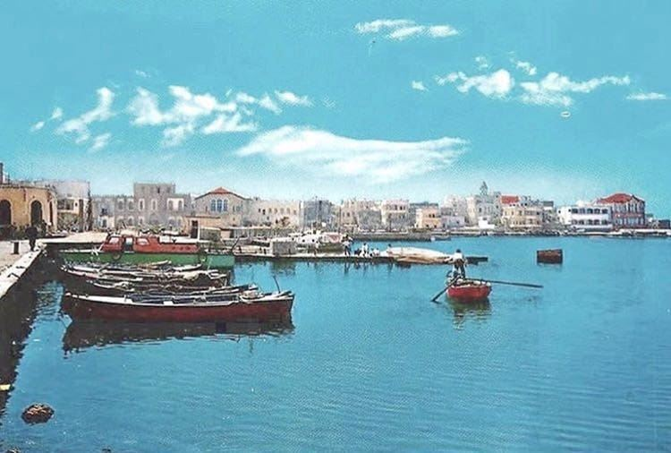 Tyre Harbor ⚓ 1968Credits to my dad: Instagram: @reda_chamouni Facebook: (Tyre District)