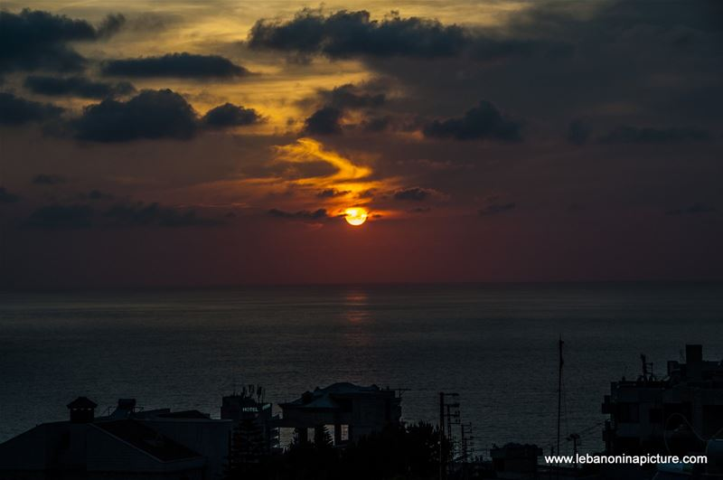 That end of spring sunset... it look like autumn no? :)  (Safra, Lebanon)