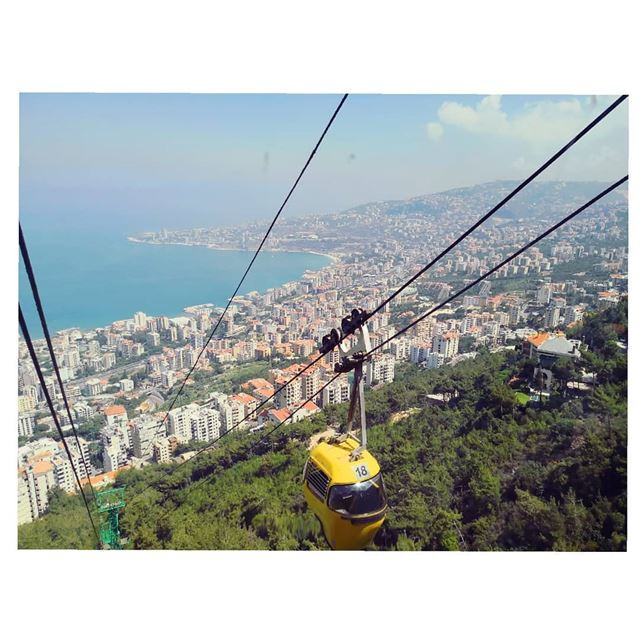 My beloved country deserves a shout-out!The cable car trip from Jounieh... (Jounieh)