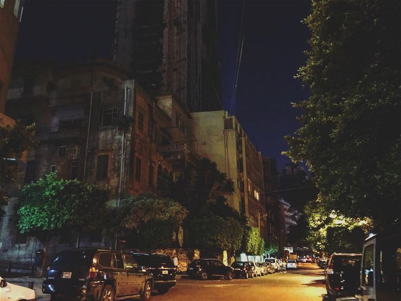The urban culture 🌃...The new blog post is now available 💫 linkinbio... (Beirut, Lebanon)