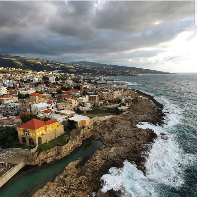 batroun  city_by_the_sea  phoenician  wall  sea  mediterraneansea ... (Phoenicien Wall)