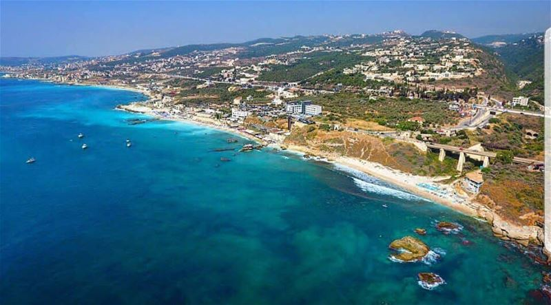 batroun  البترون_سفرة  thoum @o_glacee @whitebeachlebanon @locobeachresort (Batroun District)