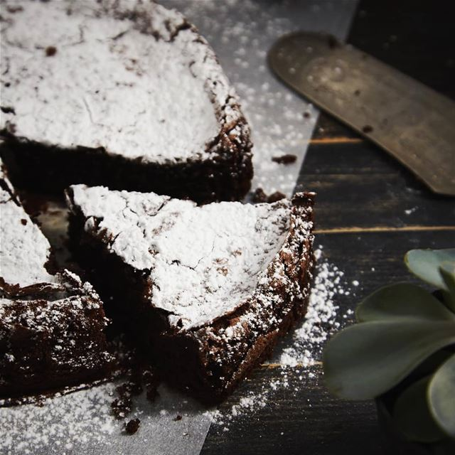 Flourless chocolate cake by @torta.beirut Photo: @joekhourystudio cake ...