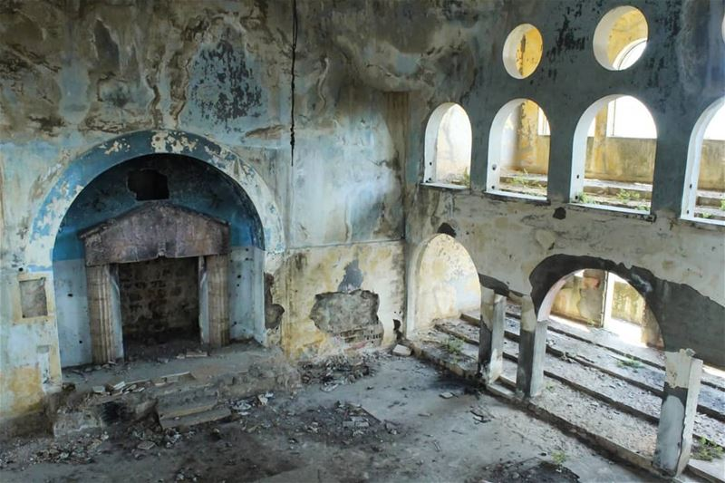 The abandoned synagogue in Bhamdoun... lebanon  loves_united_lebanon ...