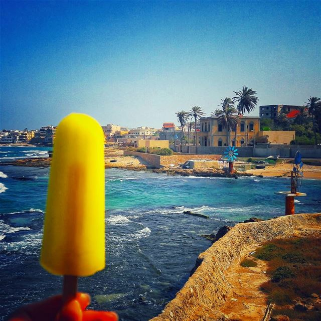 Squeeze the day🍋🍋🍋 morning  summer  dayout  holiday  vacation  travel ... (Anfah, Liban-Nord, Lebanon)