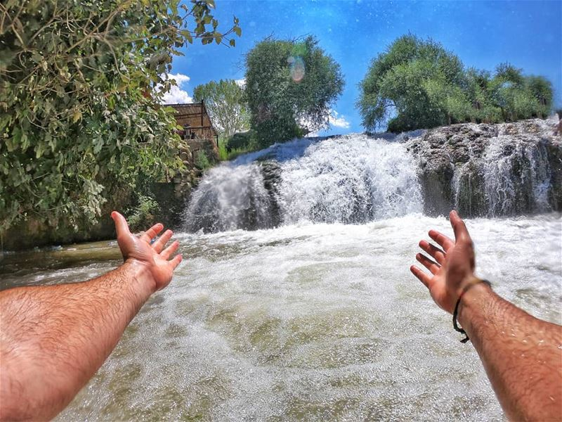 Happiness Lies In Your Own Hand🙌... waterfallphotography ... (Lebanon)