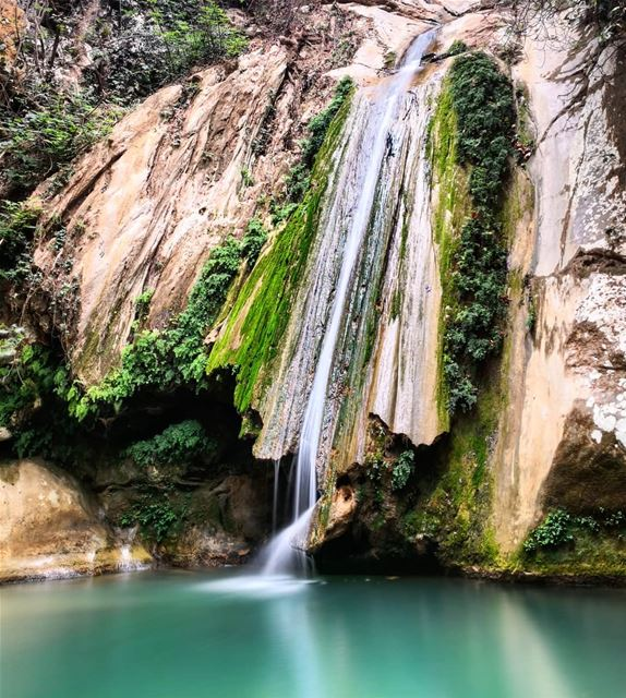 Fresh  Pure  Cold  Refreshing  Water  Waterfall  Yahchouch  Lebanon 🇱🇧... (Yahchouch)