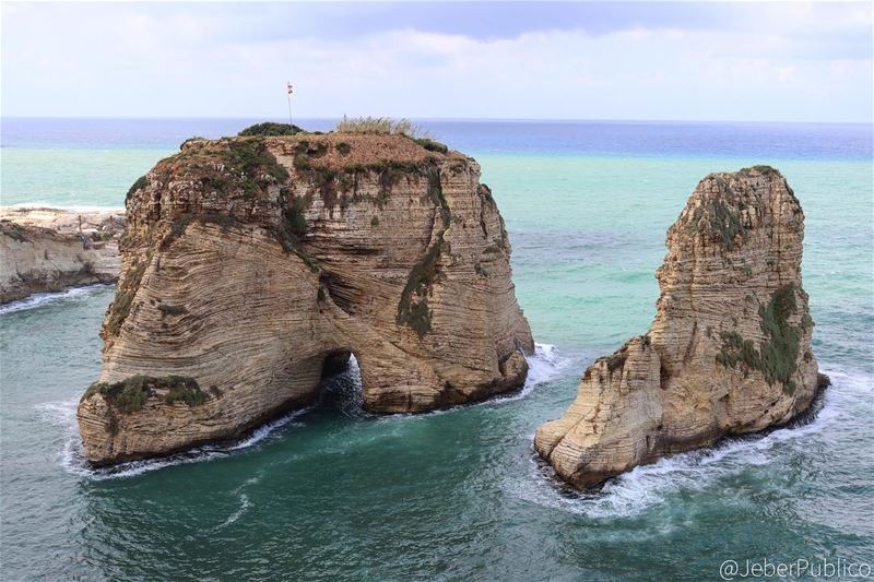 "🇱🇧 ""The Rawshe - Raouche "".  Lebanon  Liban  Libano   Photos  Foto ..."