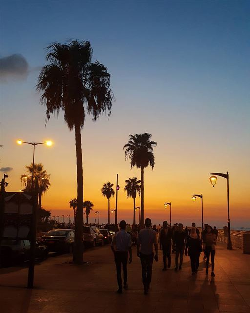 Every sunset in Beirut bears the promise of a new day 🌅💛 ........... (Manara Beyrouth)
