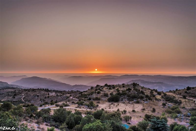 The sun is gone but i have a light.  sun  sunset_pics  sunset🌅  sunset ... (Bmahray, Mont-Liban, Lebanon)