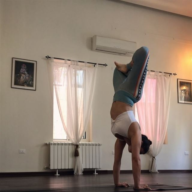 I've been inspired by @daniellejmoylan these days to practice different... (Sarvam Yoga)