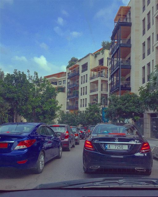 Beirut daily crowd 🚗🚕🚙 ... (Downtown Beirut)
