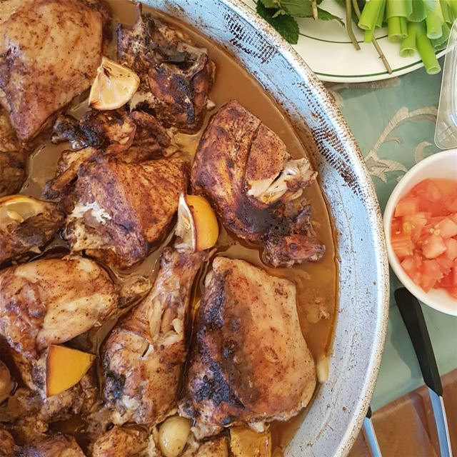 Roast Chicken🌸Ingredients🌸2 whole chickens cut into pieces1/2 cup of... (Greater Montreal)