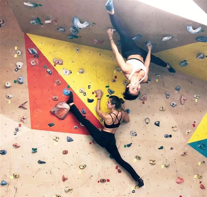 On Bouldering, overhangs &  splits•••INTO THE OUTDOORSJoin us on...