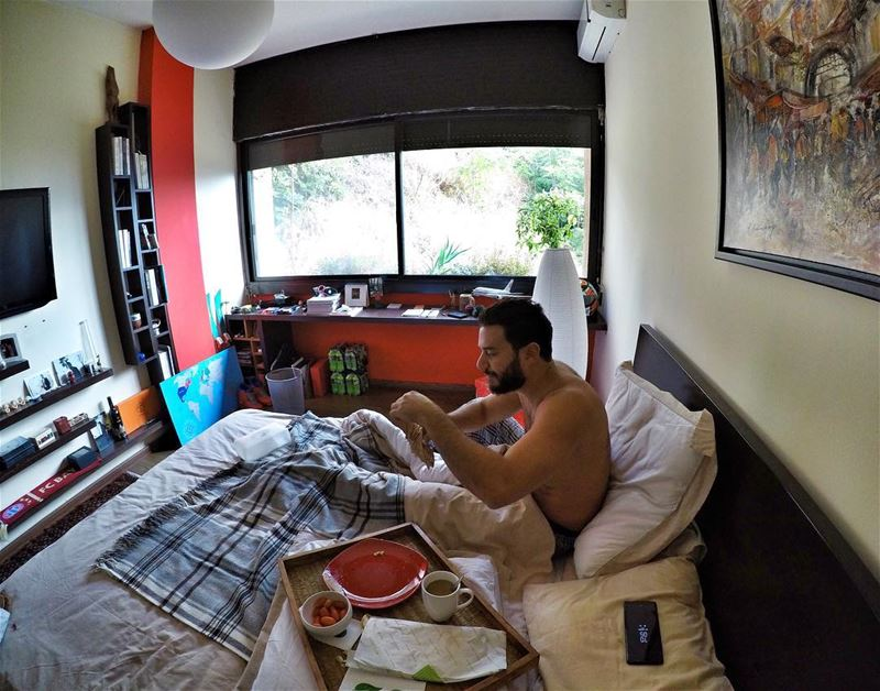 Breakfasts in bed are truly the best 😋  ExploreWithChris.... (Ashrafiyeh)