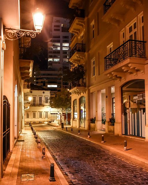 Beirut evening walk - Saifi village.  lebanon  beirut  downtown ... (Saifi village)