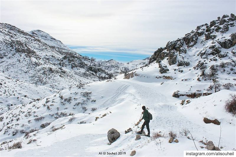 tb  snowshoeing  ehmejb mountlebanon  snow  hiking  sky  mountains  ... (Ehmej, Mont-Liban, Lebanon)