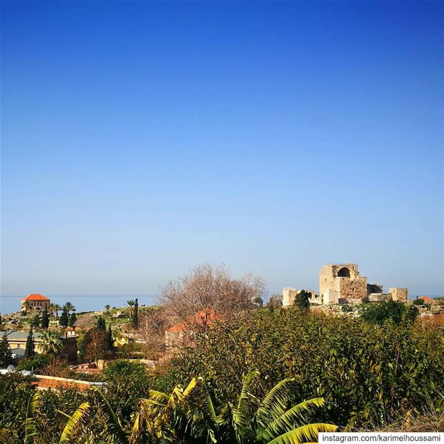 Land  Perspective of the  citadel  Byblos ...