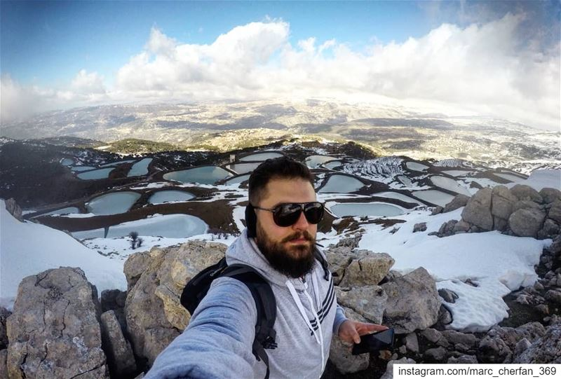 Selfie from the top 😎❄️ NeverStopExploring  Hiking  TopView  Lakes ... (Falougha, Mont-Liban, Lebanon)