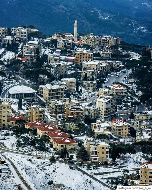Snow Time 🏠❄️ - landscape  beautiful  snowday  snow  livelovebeirut ... (Kobbey)