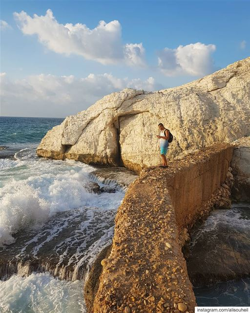 tb  southlebanon  naqoura  sea  waves  sky  clouds   colorful ... (Naqoura)