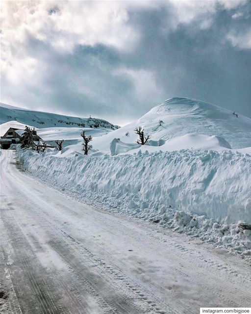 Of the icy mountain roads shotoniphone ..... natgeoshot ... (Lebanon)
