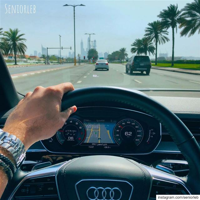 Driving with class and style In the new Audi A8———————————————————————— @se (Burj Al Arab)