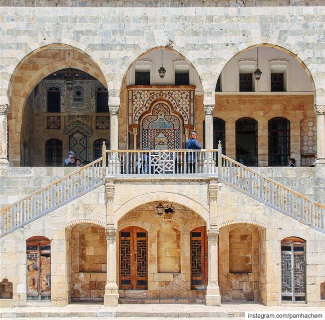 Beiteddine Palace, an architectural jewel in Chouf!Lebanon's best example... (Beiteddine Palace)