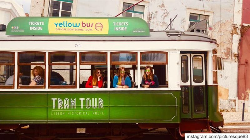 Be in love with your life. Every minute of it...  tramtour lisbonoldtown... (Lisbon, Portugal)