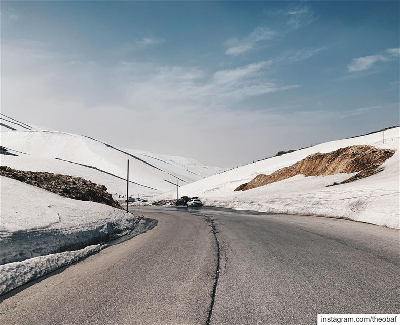 Not an April fool's joke : The slopes will re-open this week 😂........ (Mzaar Kfardebian)