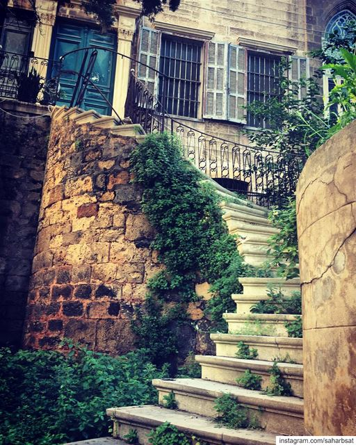 Beirut Hidden Gems hiddengems  gems  beirut  houses  oldhouse ... (Clemenceau zone)