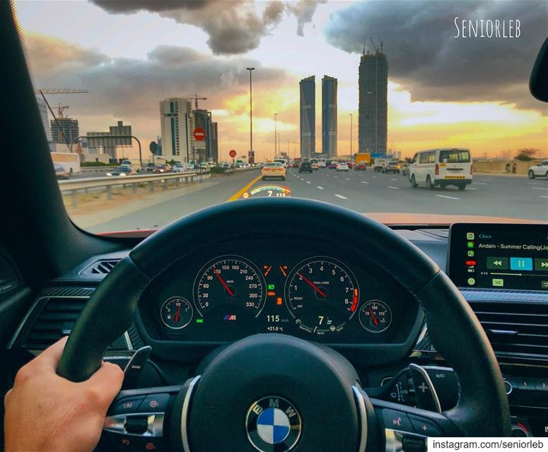 I enjoy driving every second of it... 🔵🔴Ⓜ️ @seniorleb ——————————————————— (Burj Khalifa)