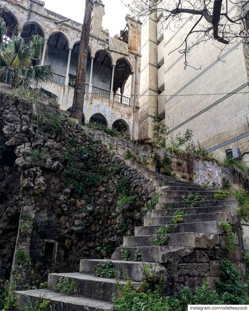 Part 2- Palace of the first post independence president Bchara El khouryقص (Beirut, Lebanon)