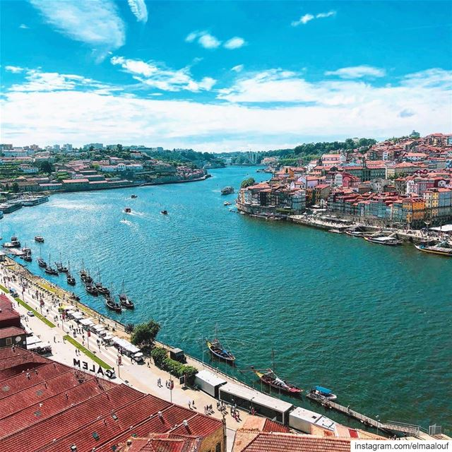- Just around the riverbend -.... portugal_lovers  portugal ... (Porto, Portugal)