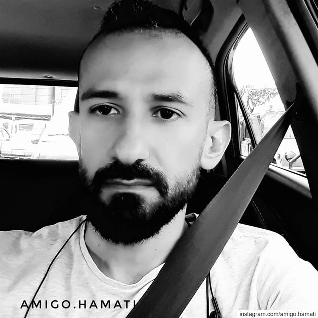 Just me in black and white  selfie  beirut... (Beirut, Lebanon)