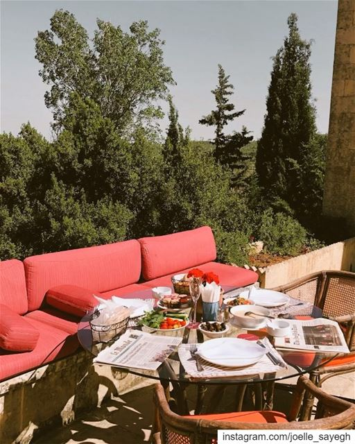 breakfast at @miraminpalace  lebanon  travelphotography  nature  breakfast... (Mir Amin Palace Hotel)
