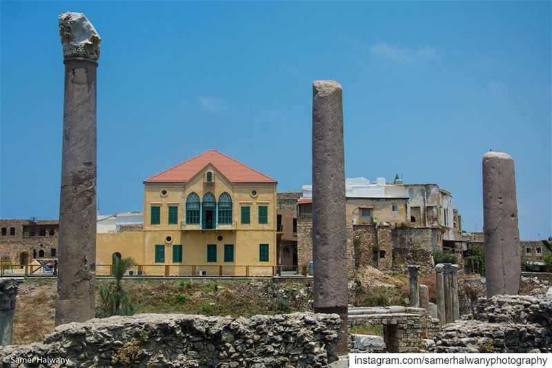 A city framed with history... tyr ...through  mylens this beautiful ...