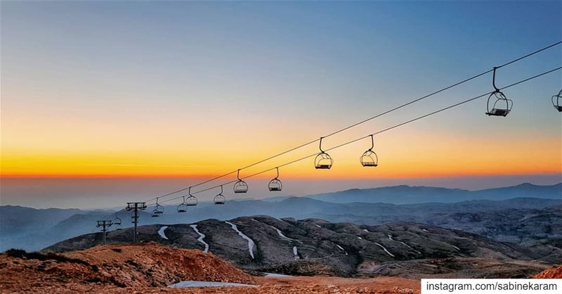 lebanon  sunset  mountains  scenery  sunsets  sunsetlovers  sunsetporn ... (Kfardebian كفردبيان)