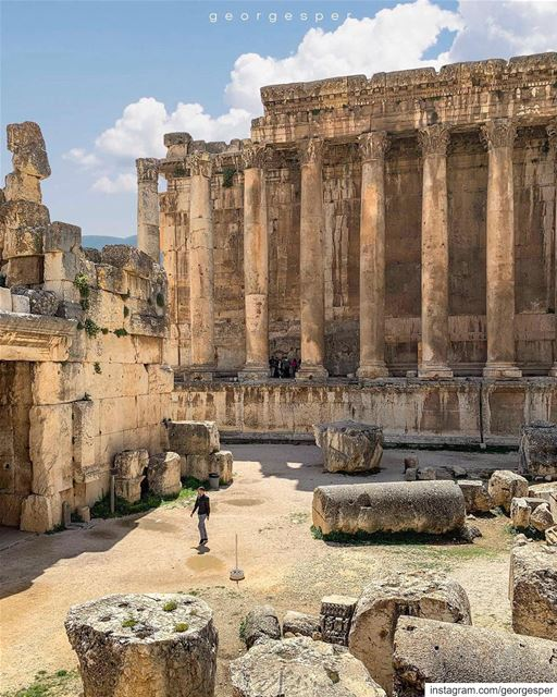 ✨Every Great Dream begins with a Dreamer ✨.....Roman Temples of... (Baalbek , Roman Temple , Lebanon)