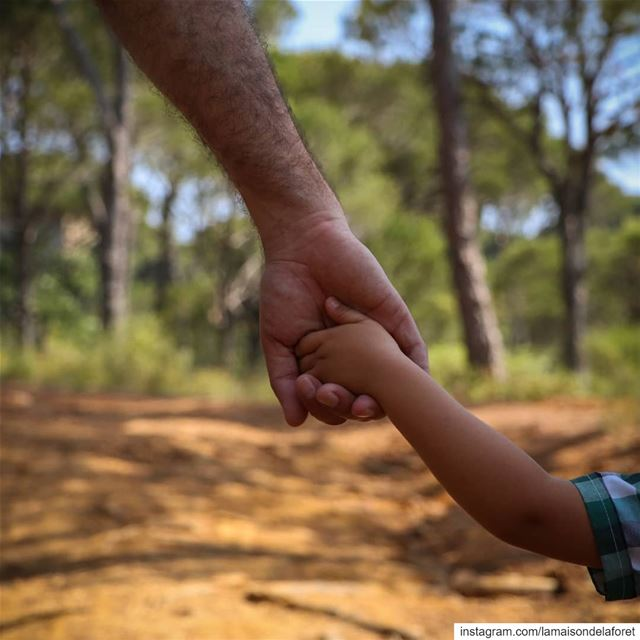 To all of the amazing and adventurous dads out there, Happy  FathersDay ❤️�