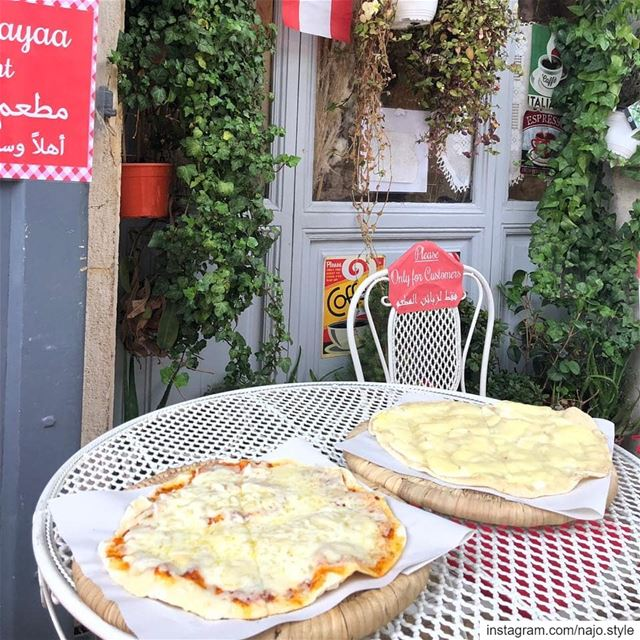 goodmorning   manakish  jebneh  cheese  pizza  yummy  delicious  lebanon ...
