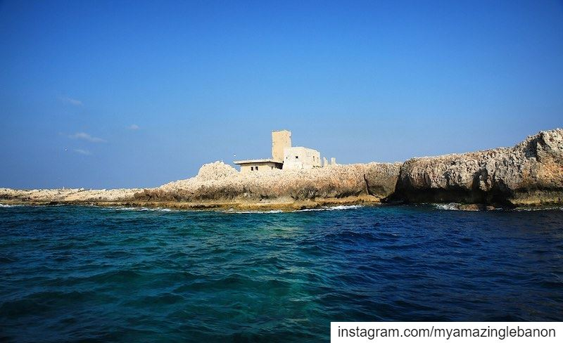 Big blue sea🌀🐚 a7labaladbil3alam 🇱🇧..... photo  photograph ... (El-Mina, Tripoli, Lebanon)