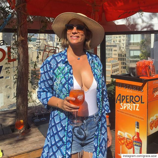 Aperol is my color this summer 🍹Starting today, Aperol Spritz' orange... (Pool d'Etat)