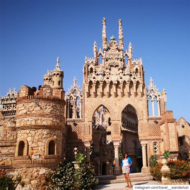 What are castles made for?!--- TakeMeTo  Costadelsol  spain ... (Castillo de Colomares)