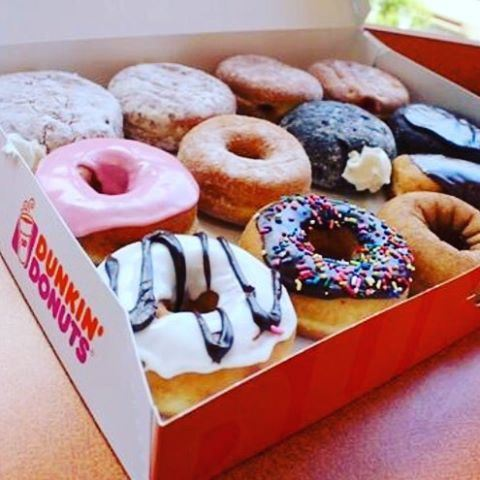The only time when you forget all your problems is when you open the box of Donuts  @ddlebanon live from Zalka  (Dunkin Donuts Zalka)