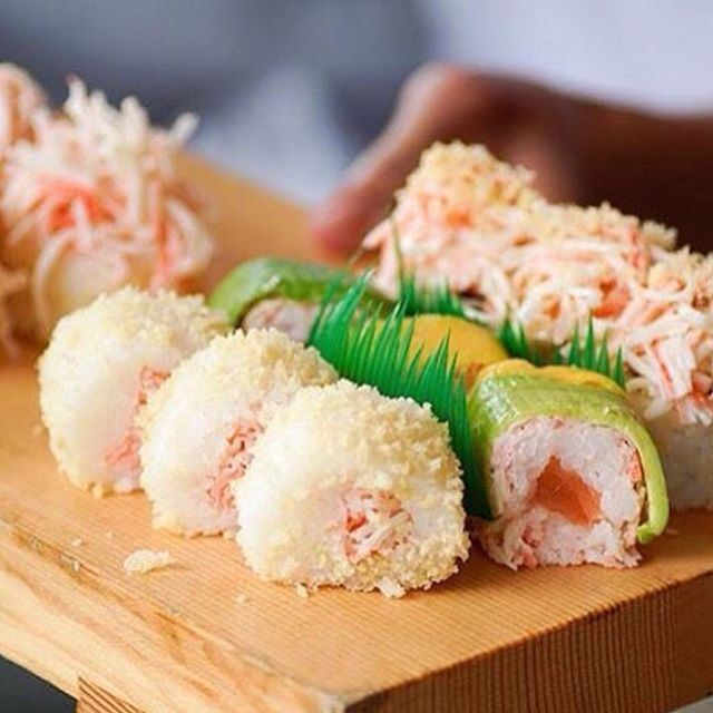 That's our kind of Sushi, day or Night!!! (Mon Maki A Moi)