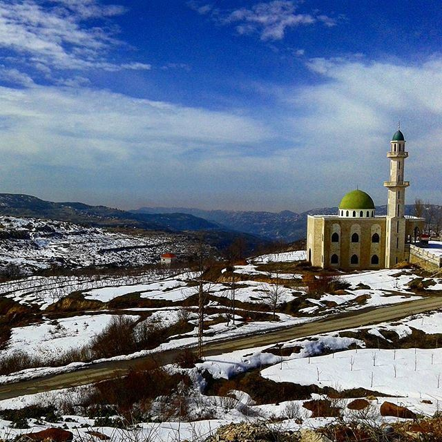 wintertime snow mosque cloudysky (Tarchich)