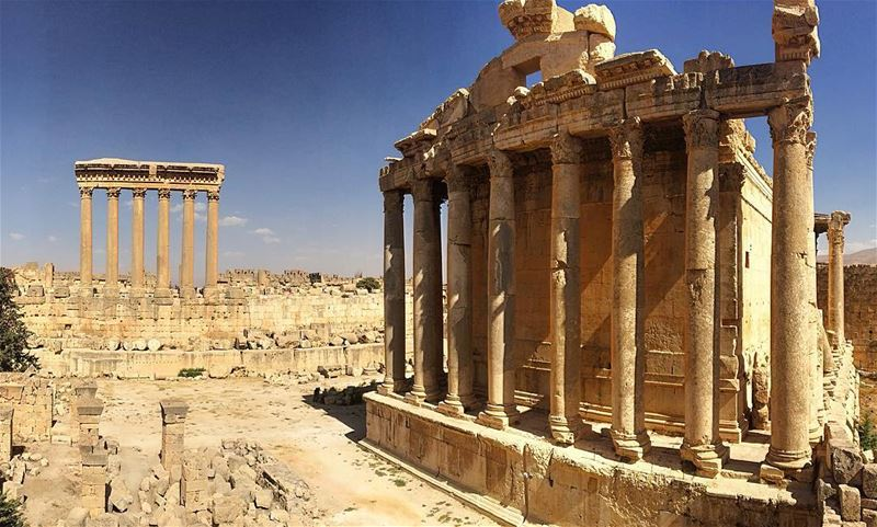 baalbeck roman site archaeology