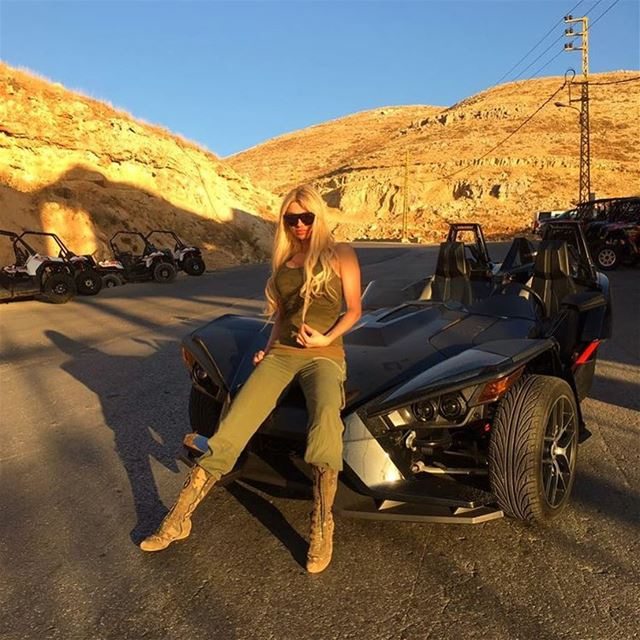 Myriam Klink is ready for a Slingshot Ride! (Faraya)